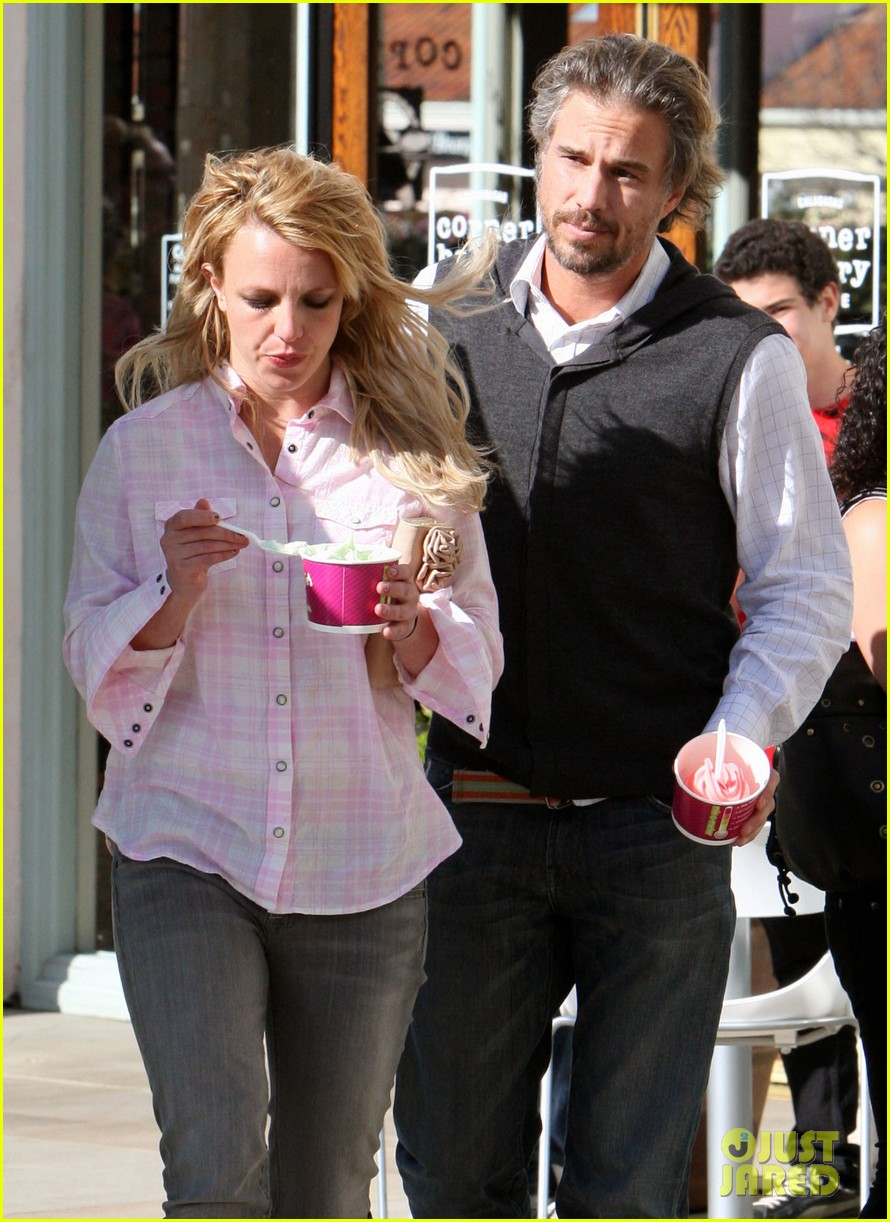 britney spears jason trawick split relationship in photos 20