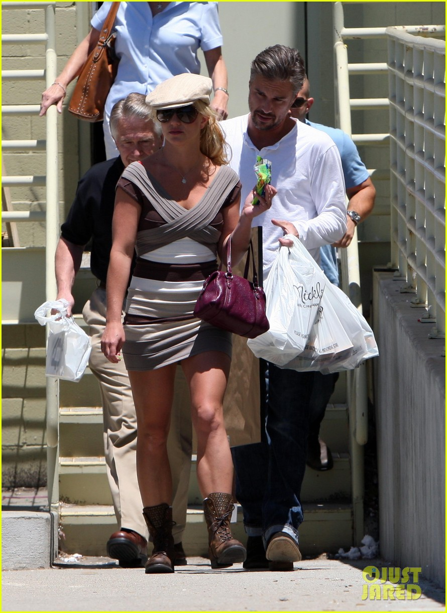 britney spears jason trawick split relationship in photos 262789484