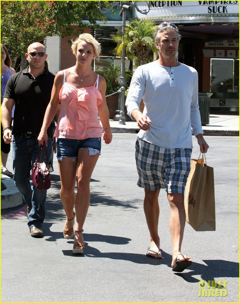 britney spears jason trawick split relationship in photos 272789485