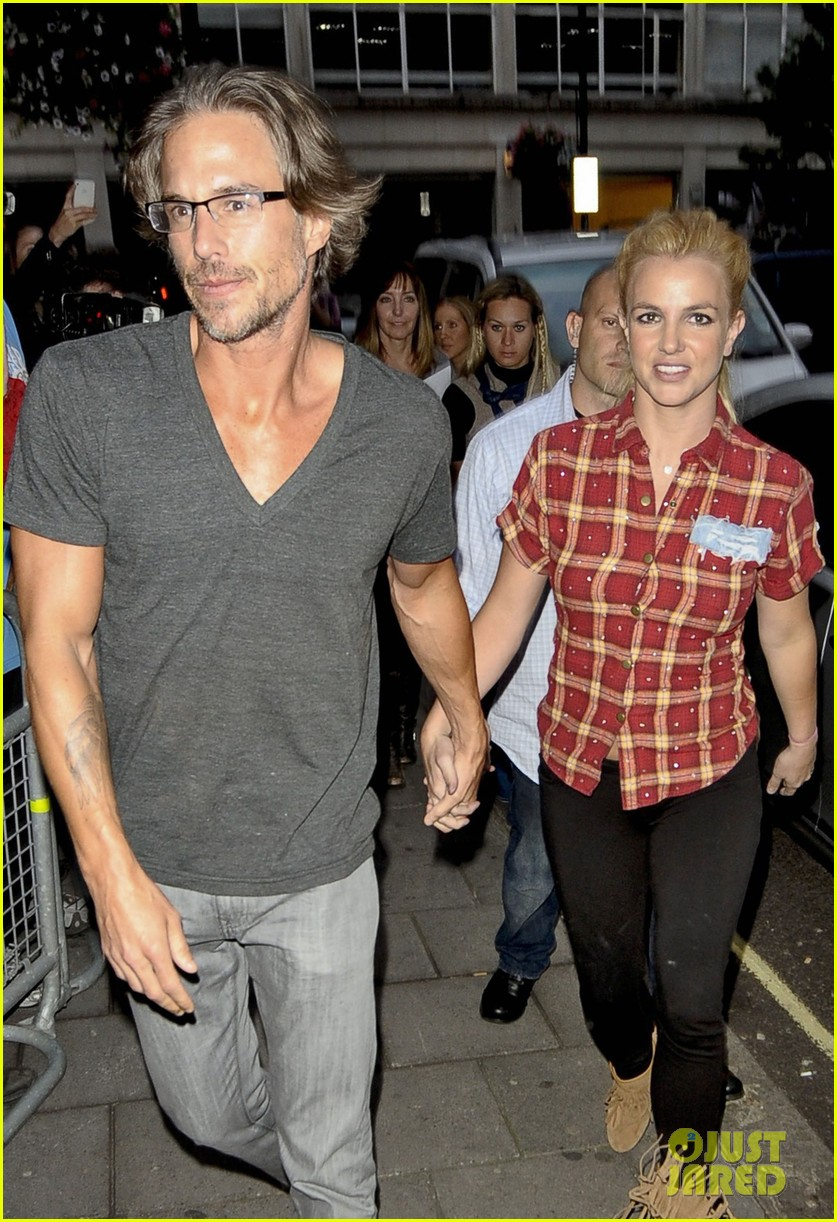 britney spears jason trawick split relationship in photos 402789498