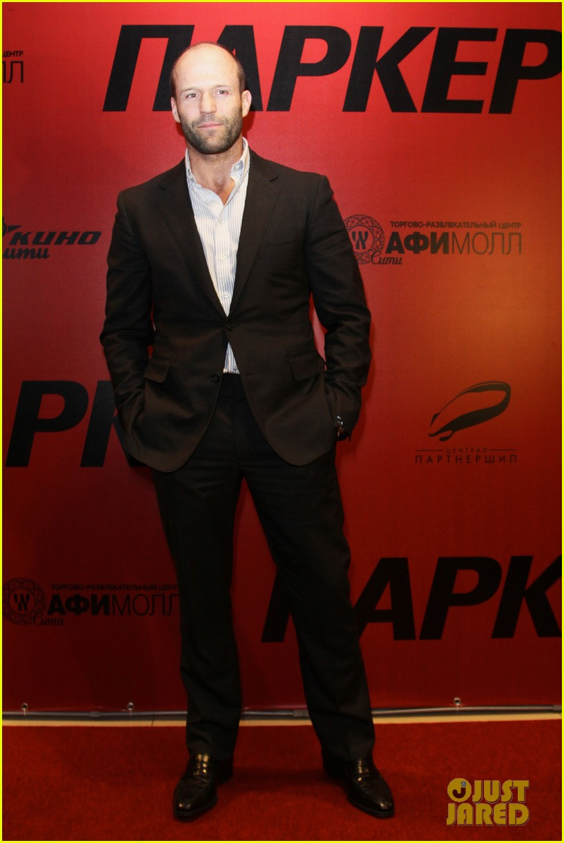 jason statham parker berlin moscow premieres 052801603