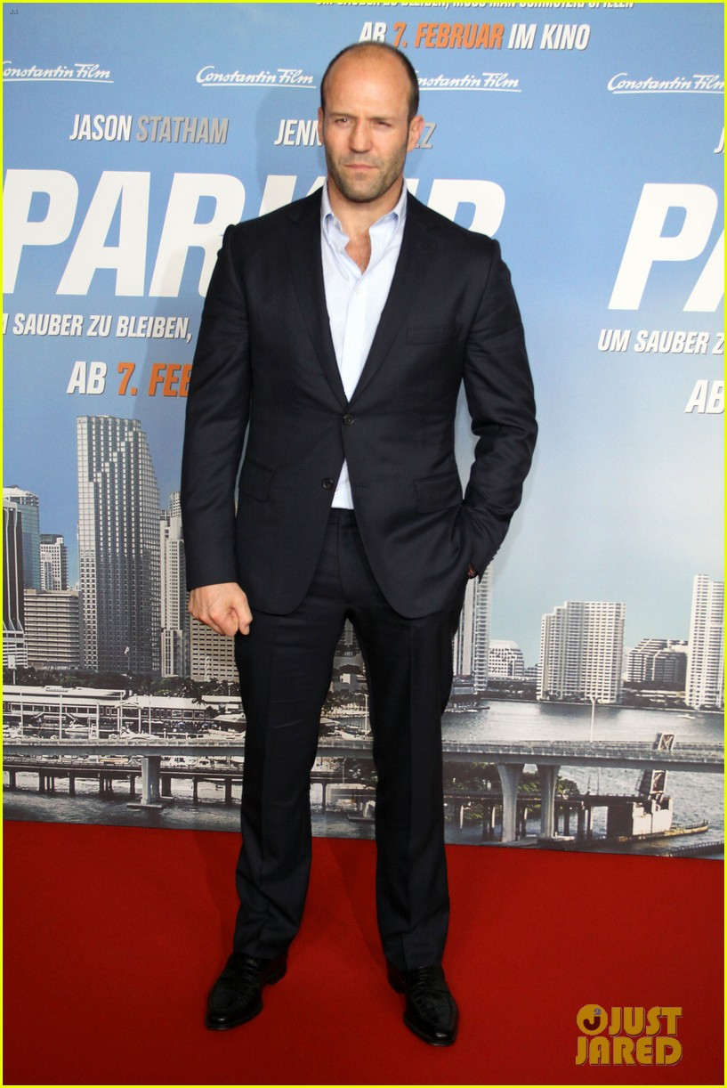 jason statham parker berlin moscow premieres 092801607