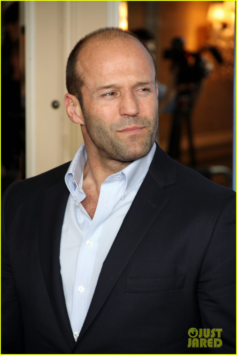 jason statham parker berlin moscow premieres 152801613