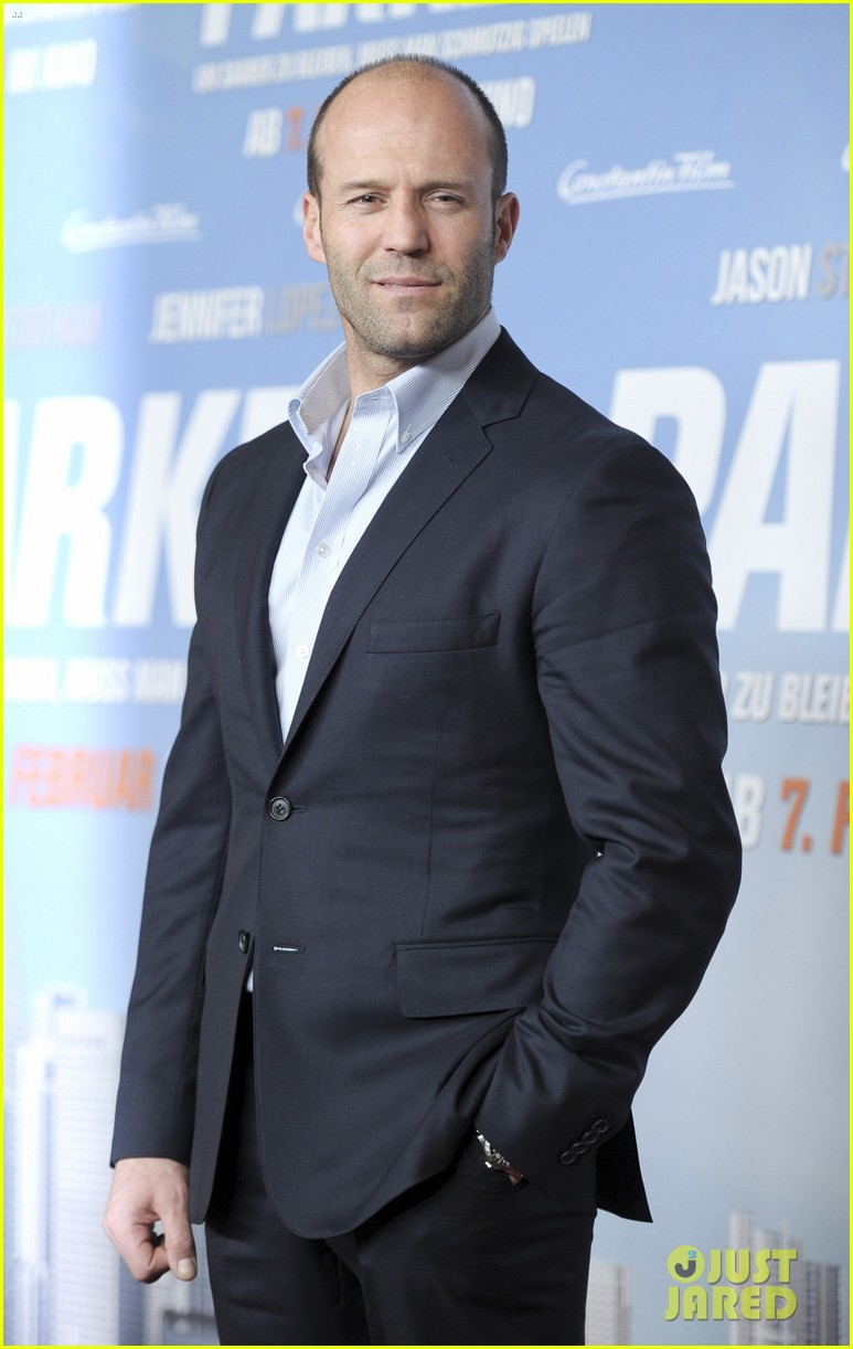 jason statham parker berlin moscow premieres 182801616