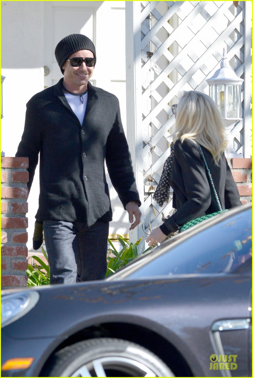 gwen stefani & gavin rossdale winter coffee couple 202786339
