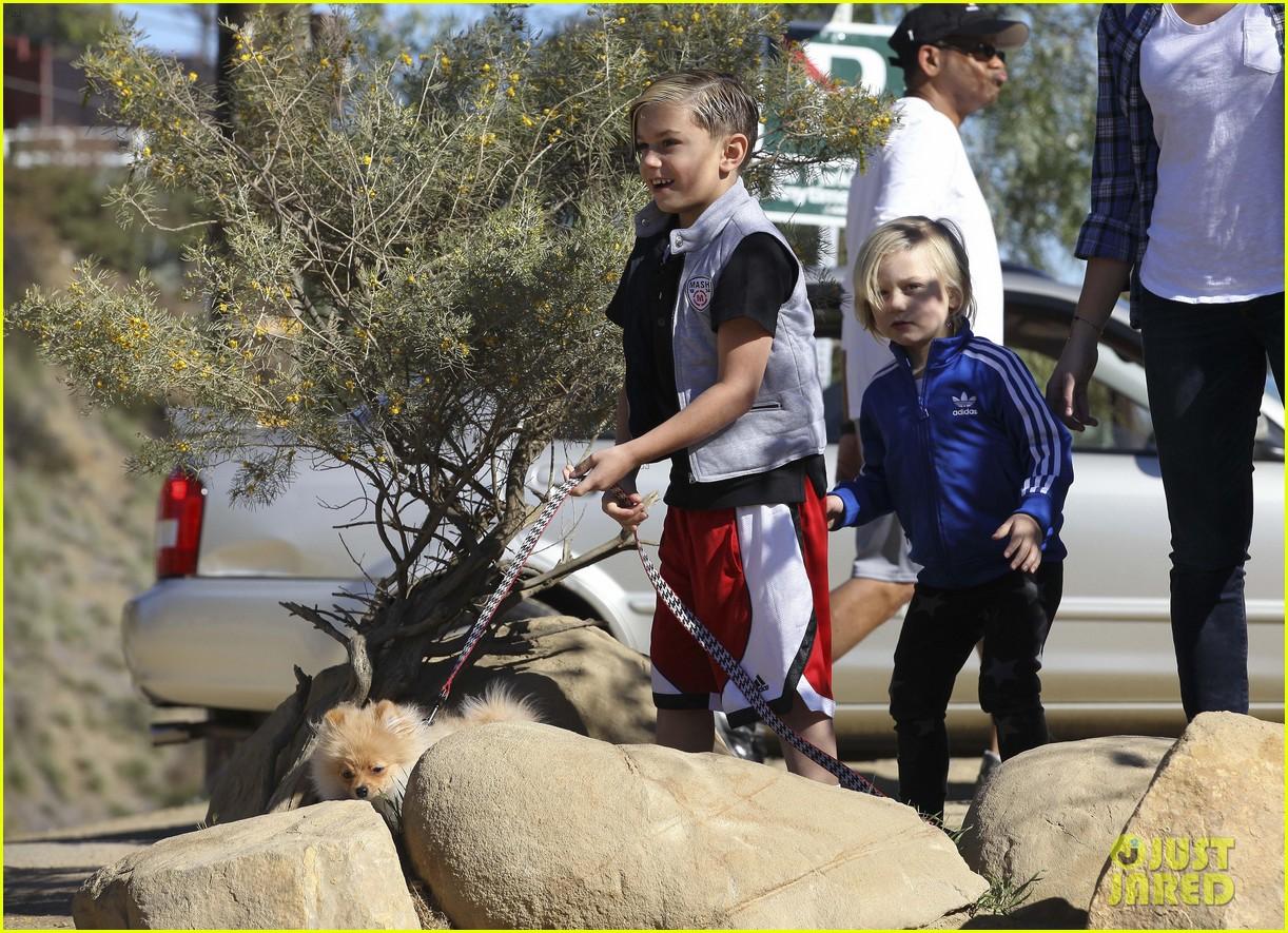 gwen stefani gavin rossdale runyon canyon kids 042792416