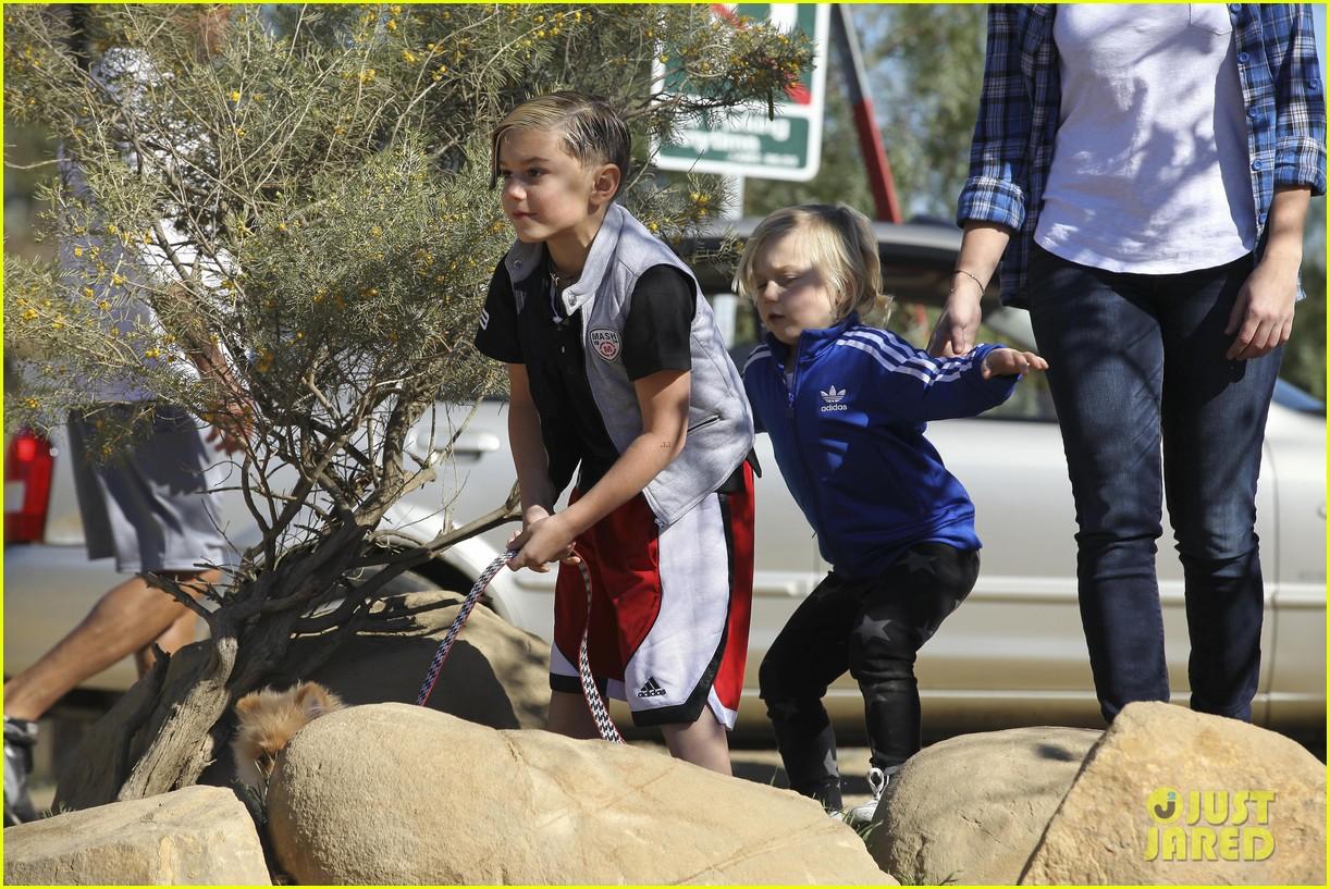 gwen stefani gavin rossdale runyon canyon kids 442792456