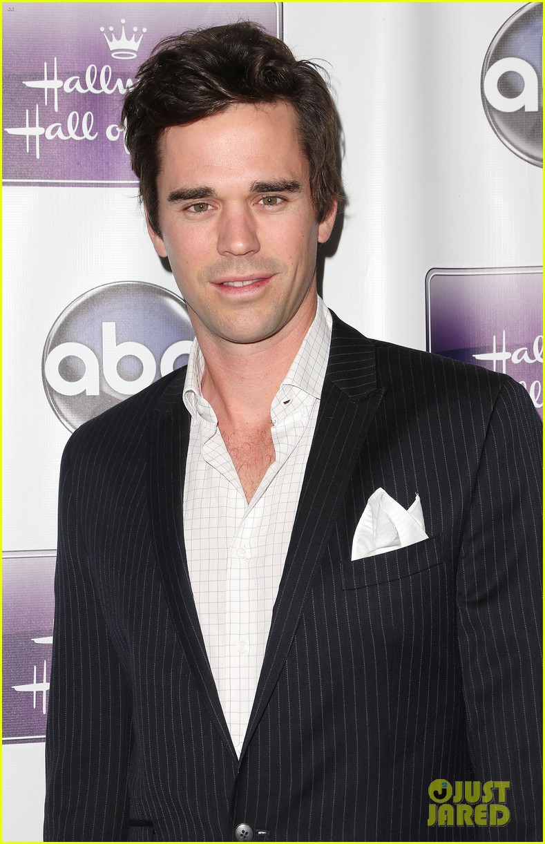 david walton imdbdavid walton cultural studies, david walton instagram, david walton footballer, david walton, david walton new girl, david walton facebook, david walton superposition, david walton singing, david walton wife, david walton imdb, david walton net worth, david walton shirtless, david walton economist, david walton majandra delfino, david walton actor, david walton twitter, david walton masters, david walton parenthood, david walton author, david walton burlesque