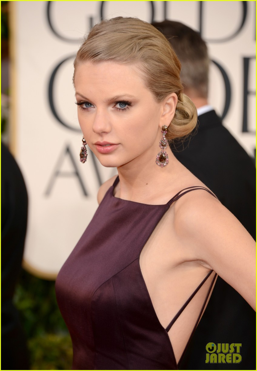 taylor swift golden globes 2013 red carpet 052791018