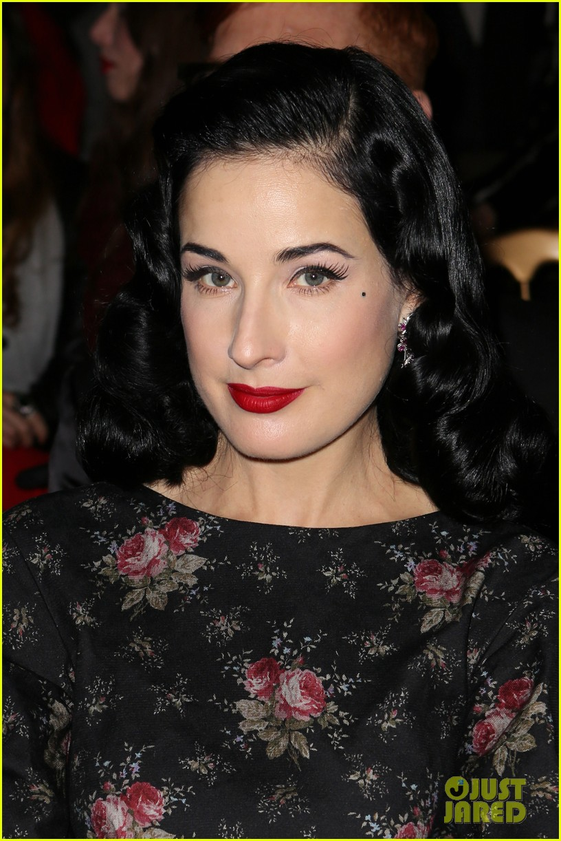 dita von teese elie saab yuliana sergenko shows in paris 042797631