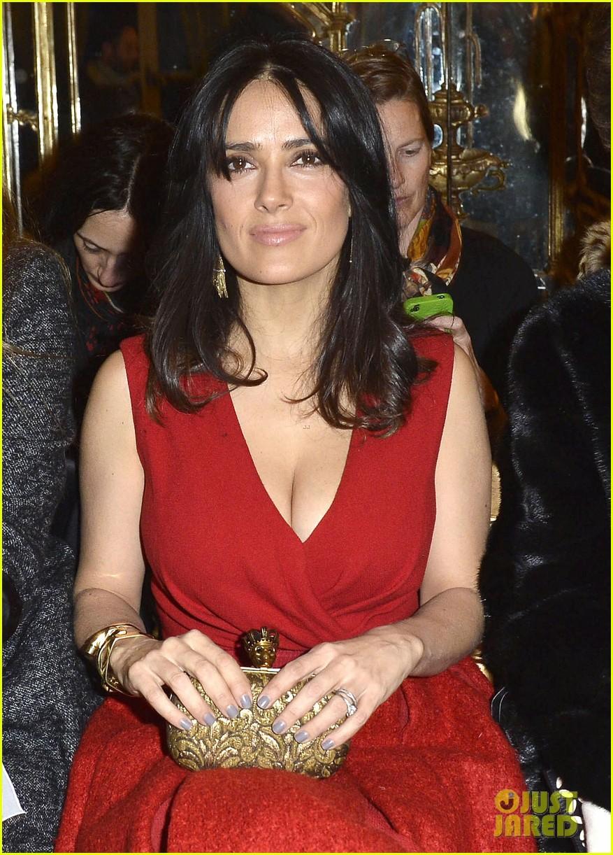 salma hayek dita von teese paris fashion week ladies 09