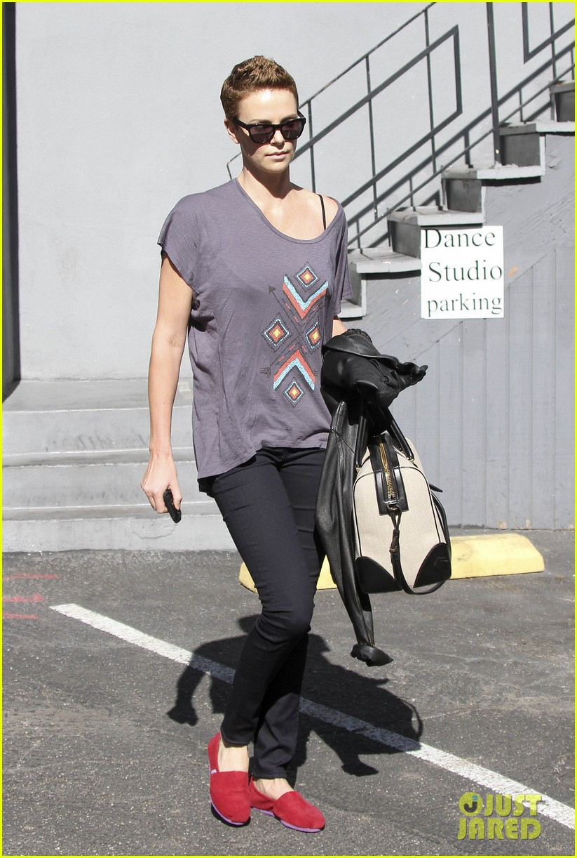 charlize theron fauxhawk hairstyle at the dance studio 082802100