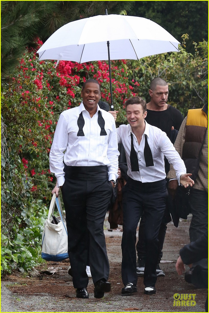 justin timberlake suit & tie music video shoot with jay z 022798635