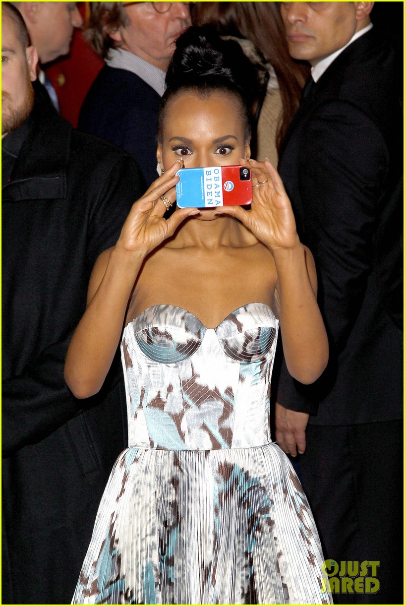 kerry washington jamie foxx django unchained paris premiere 02