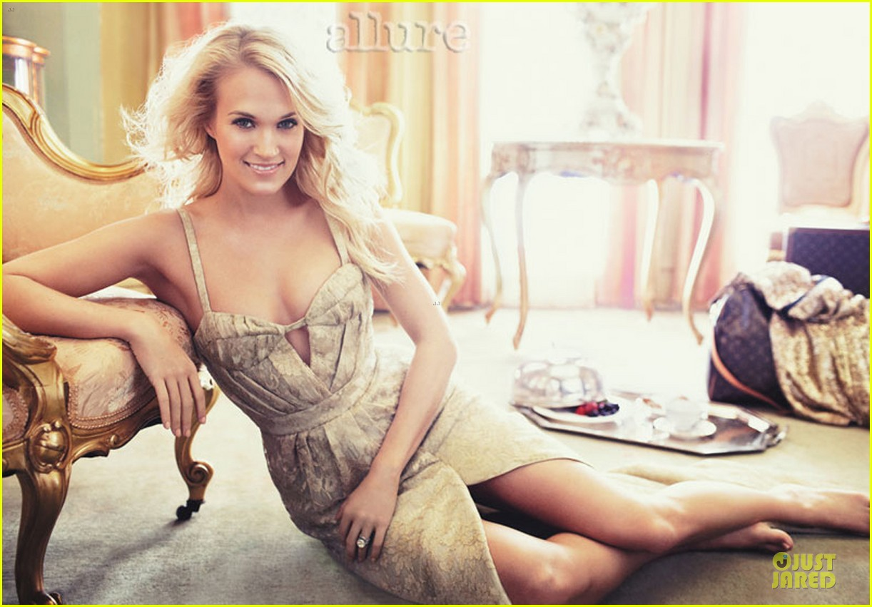 carrie underwood covers allure magazine february 2013 012792390