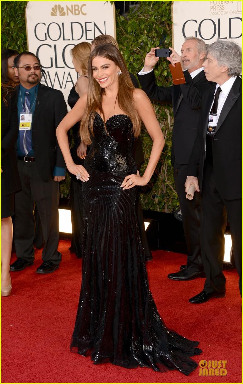 sofia vergara golden globes 2013 red carpet 012791092