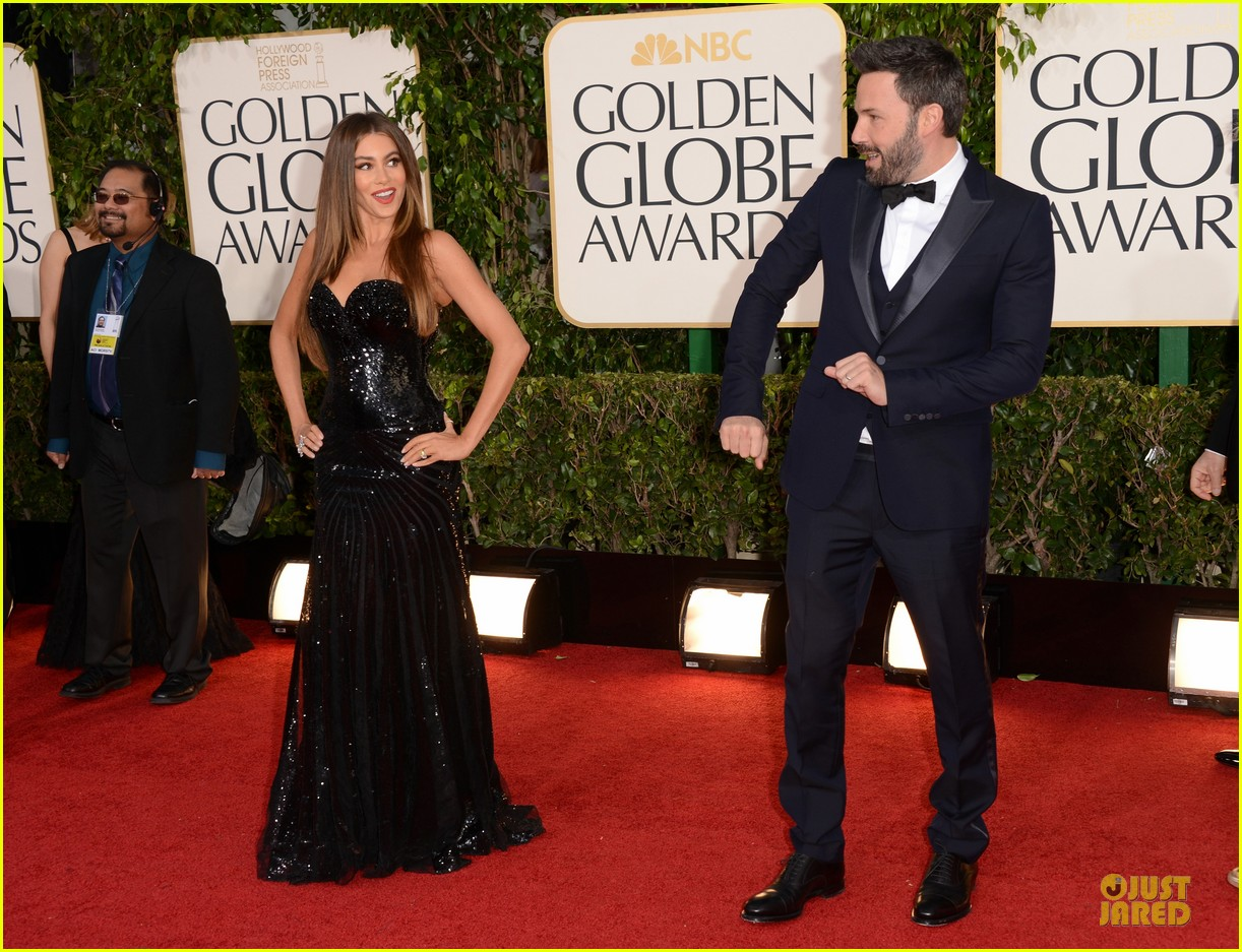 sofia vergara golden globes 2013 red carpet 032791094