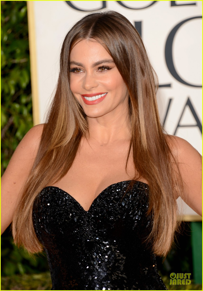 sofia vergara golden globes 2013 red carpet 062791097