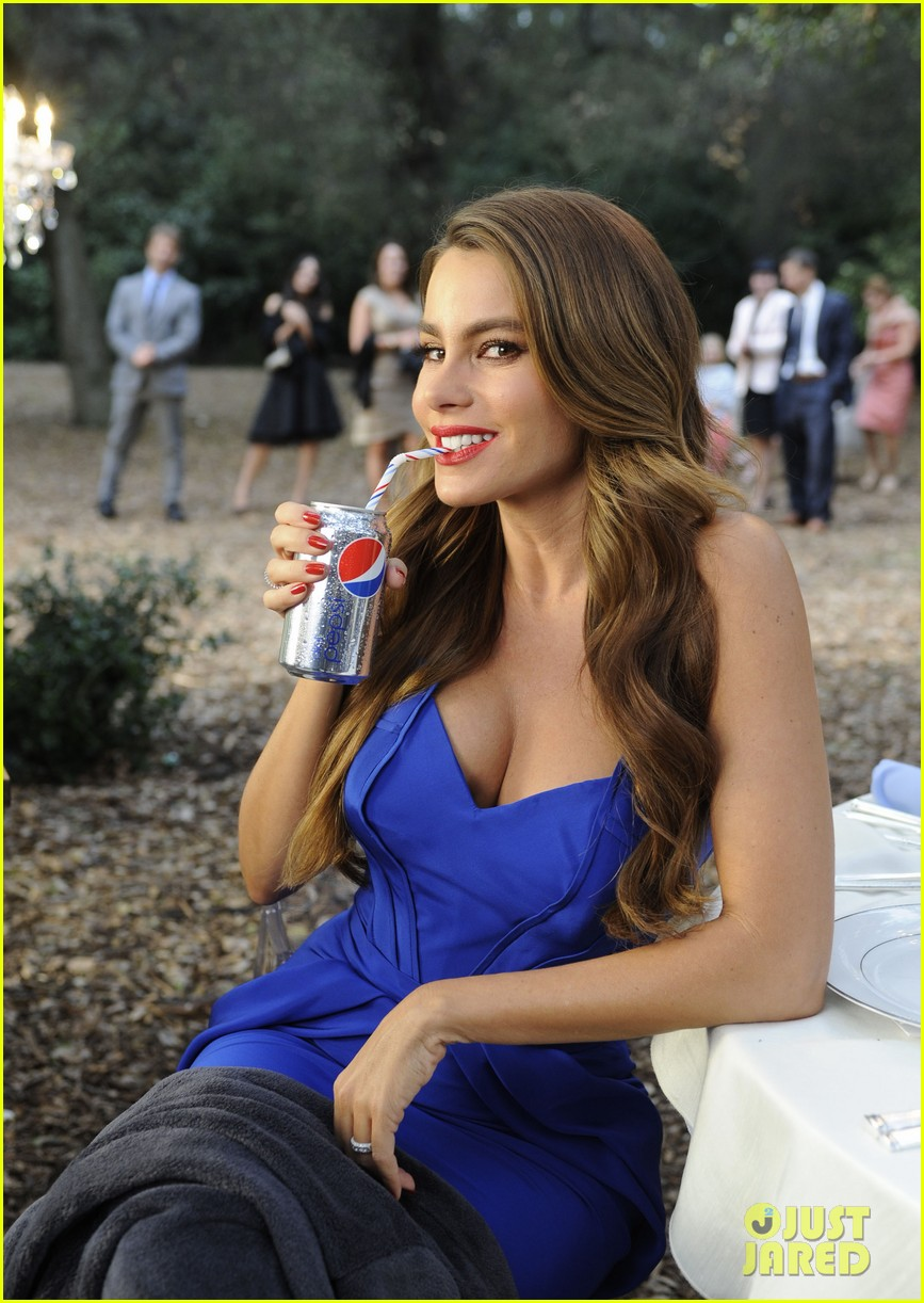 sofia vergara diet pepsi commercial shoot 03