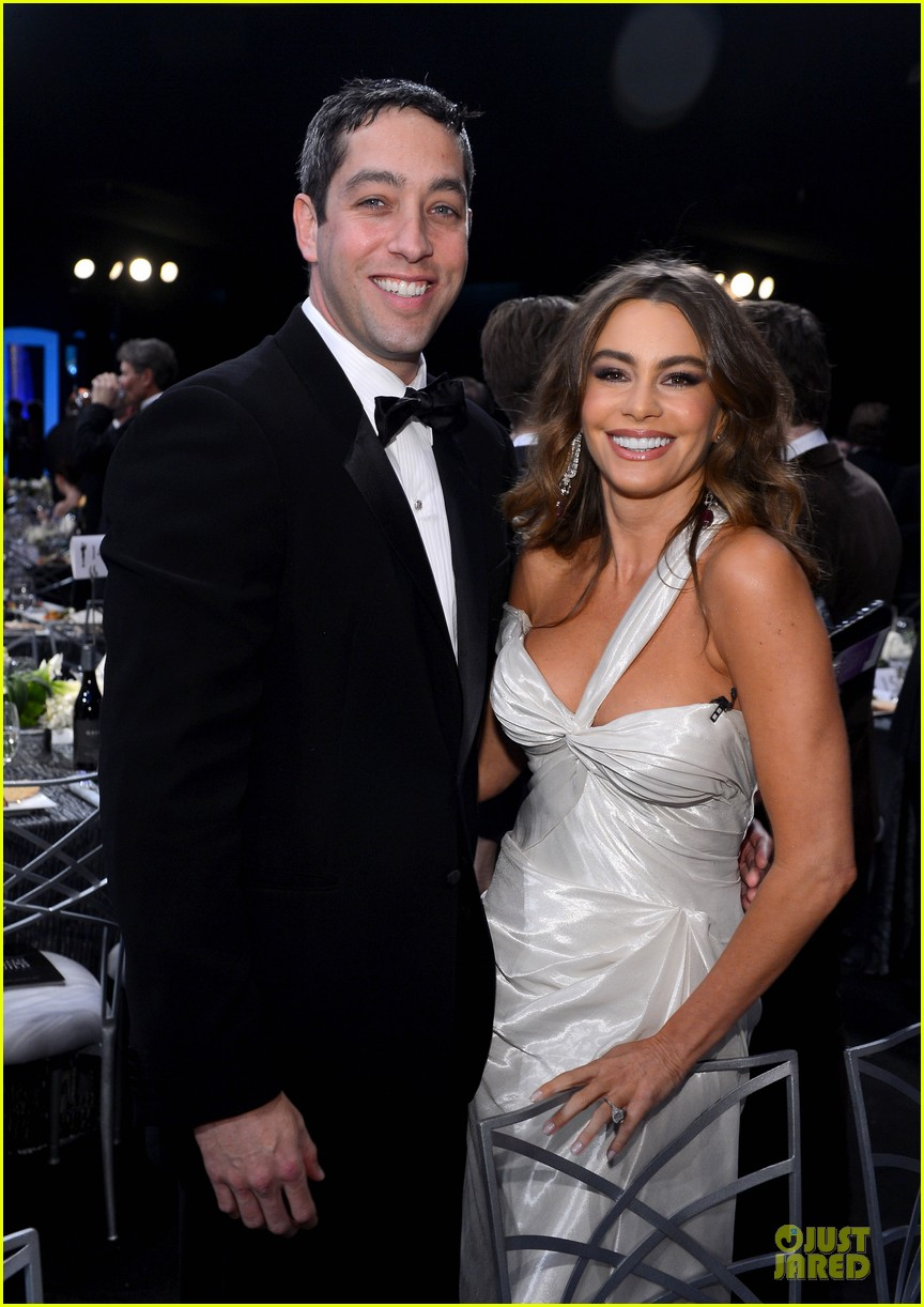 sofia vergara nick loeb sag awards 2013 red carpet 02