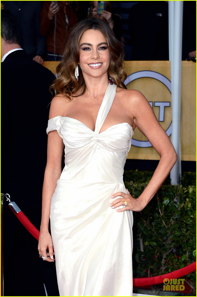 sofia vergara nick loeb sag awards 2013 red carpet 062799844