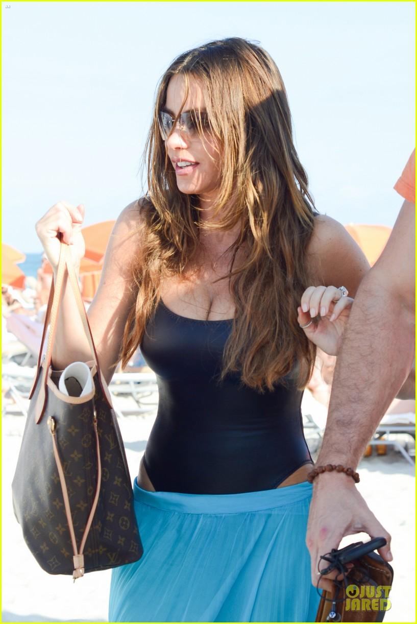 sofia vergara miami beach with shirtless nick loeb 122784172