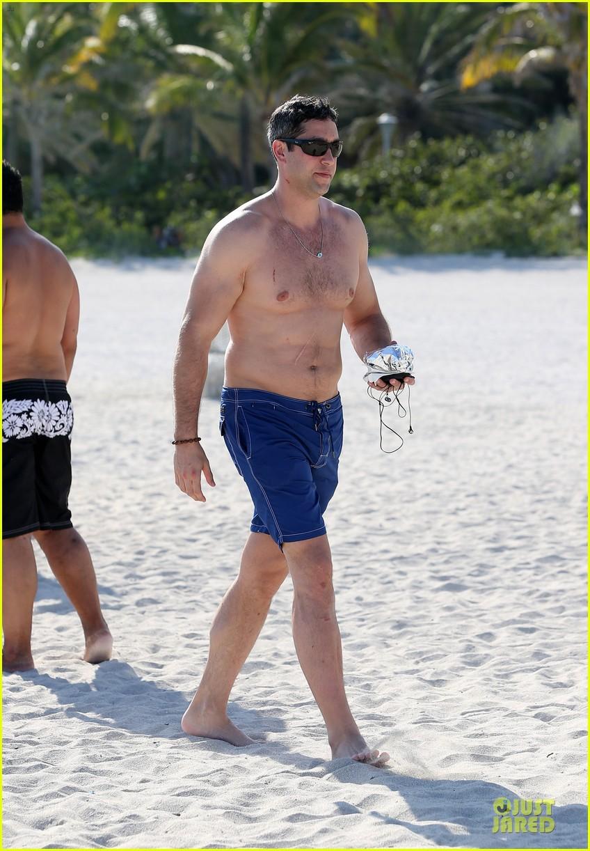 sofia vergara miami beach with shirtless nick loeb 182784178