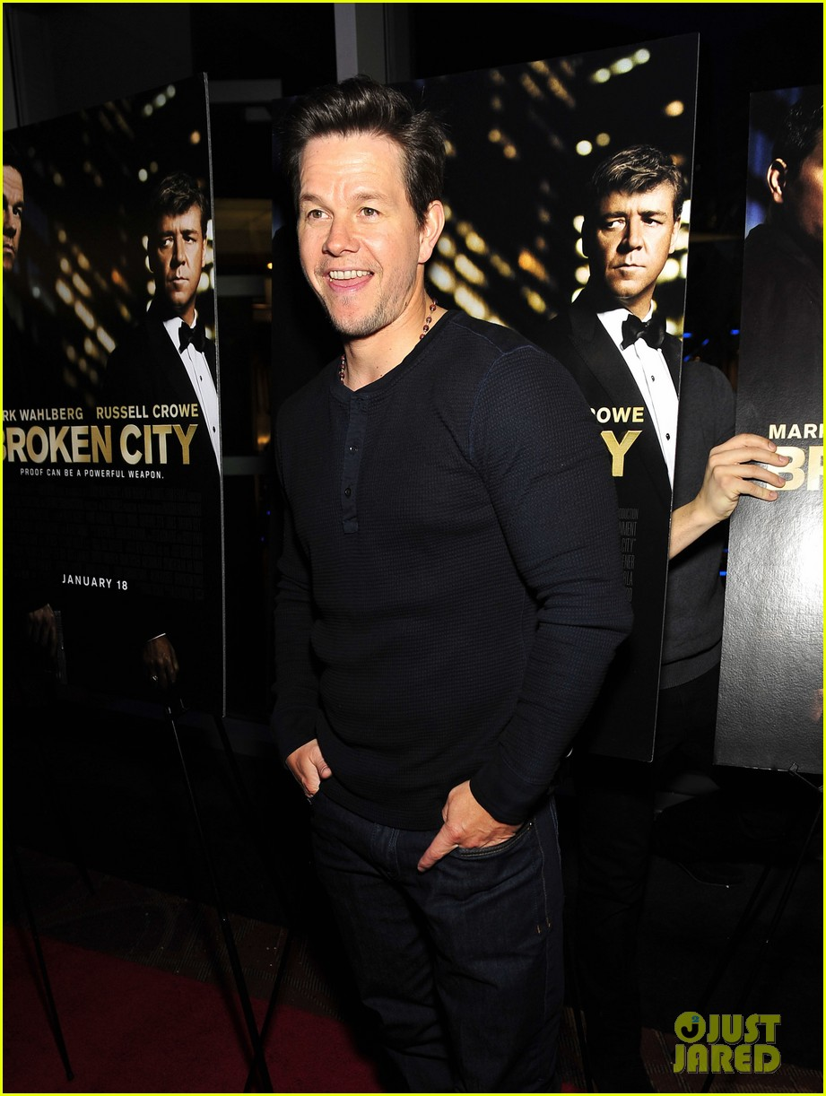 mark wahlberg broken city screening 012786104