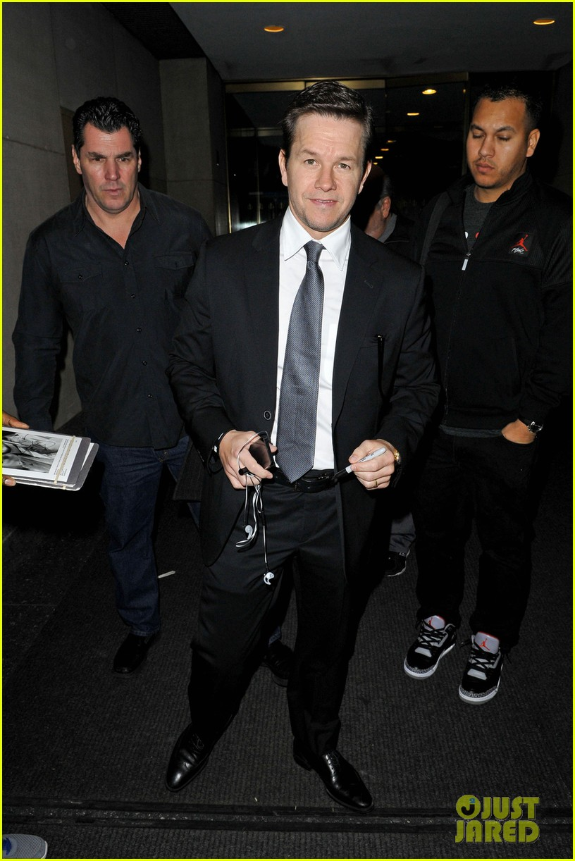 mark wahlberg ive worked with actors who phone it in 012792819
