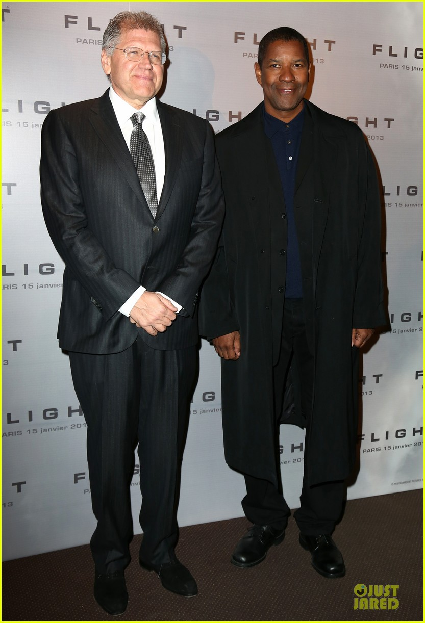 denzel washington flight paris premiere 03