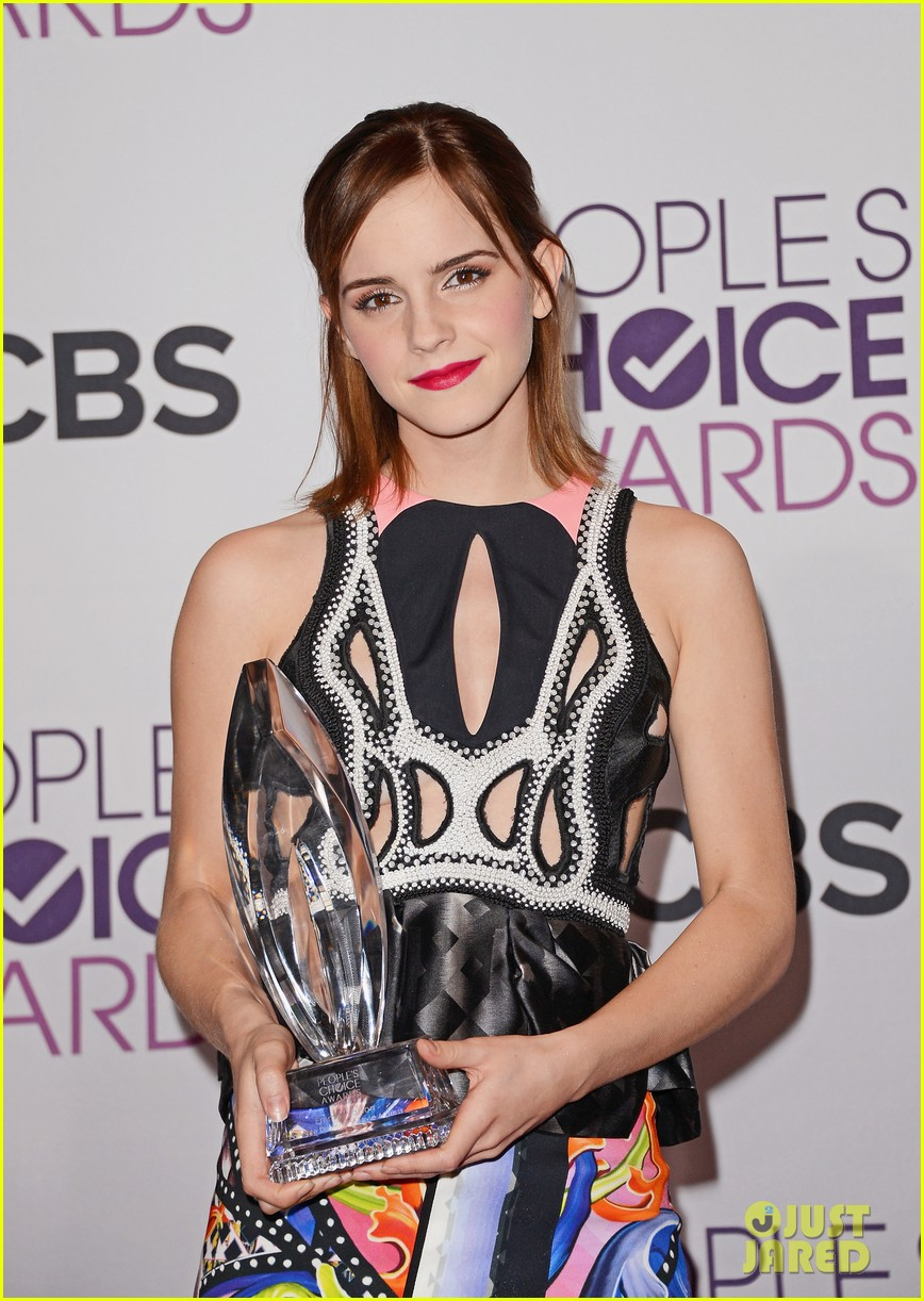emma watson peoples choice awards 2013 winner 24