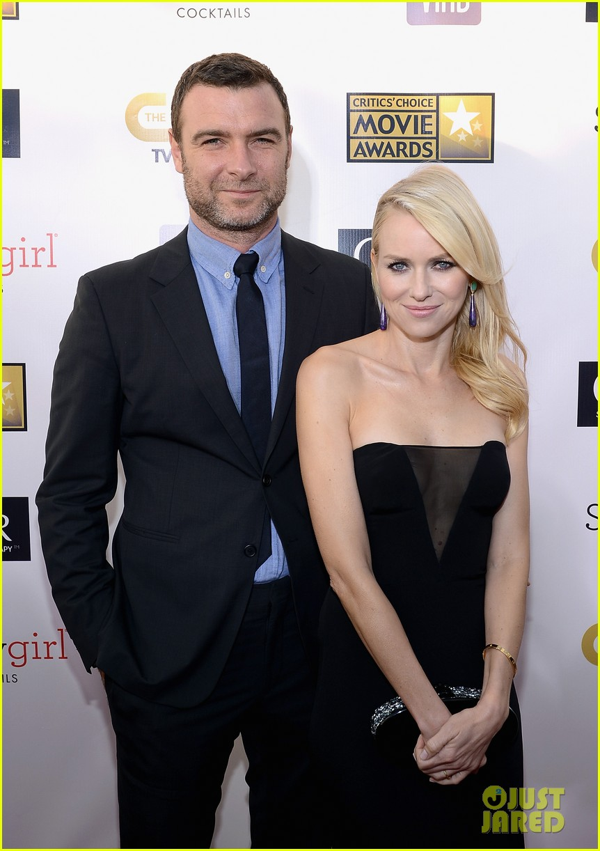 naomi watts liev schreiber critics choice awards 2013 072788904