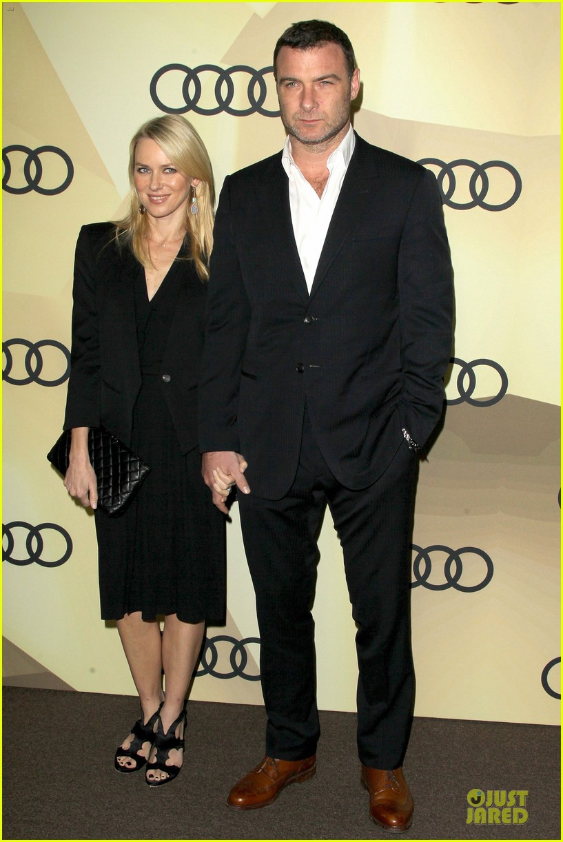 naomi watts & liev schreiber golden globes kick off cocktail party 03