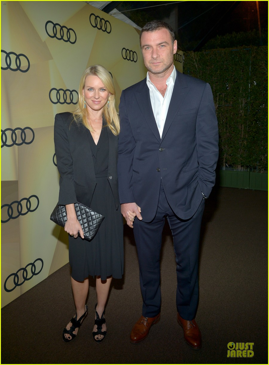 naomi watts & liev schreiber golden globes kick off cocktail party 10