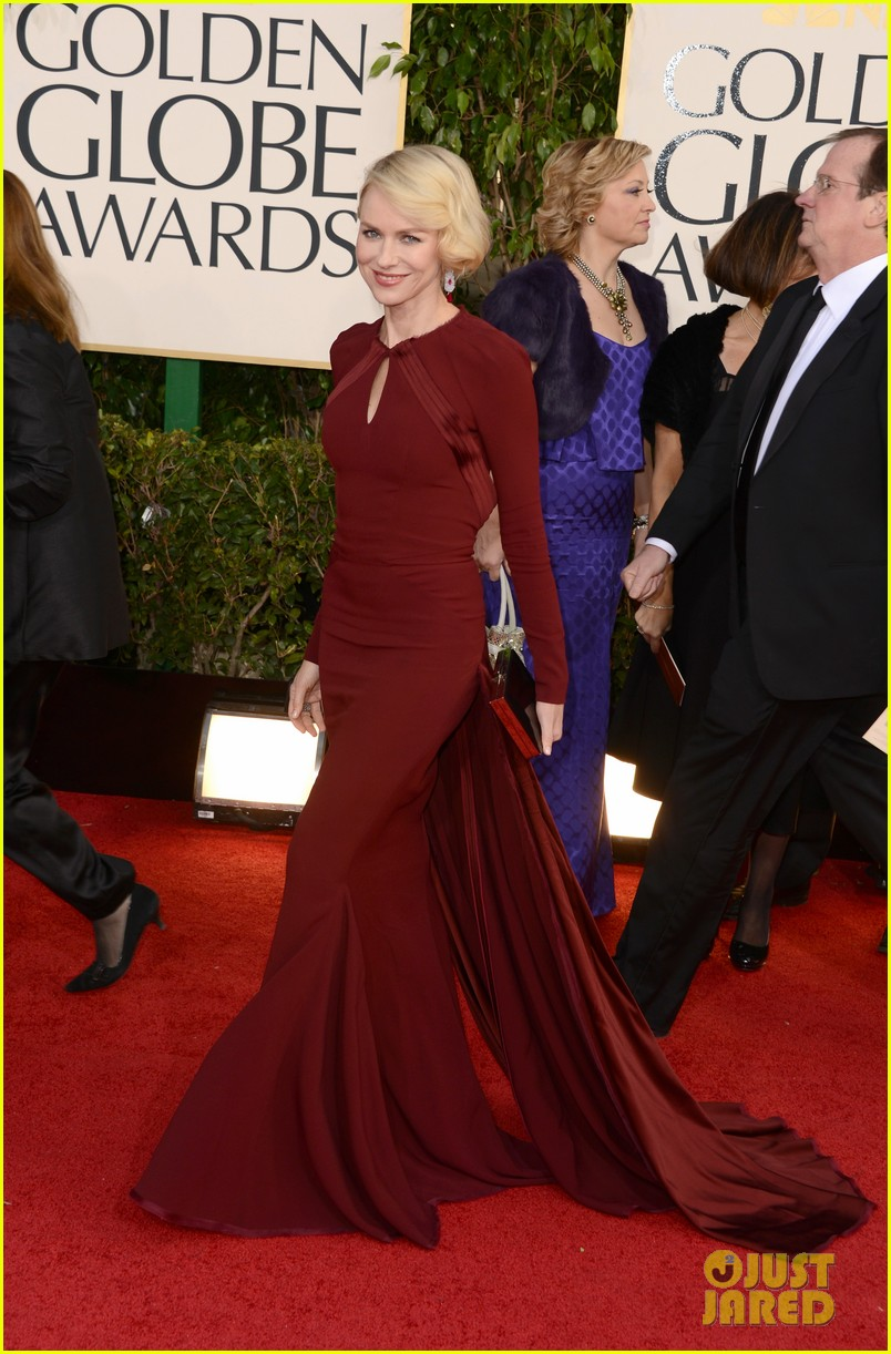 naomi watts liev schreiber golden globes 2013 red carpet 012791321