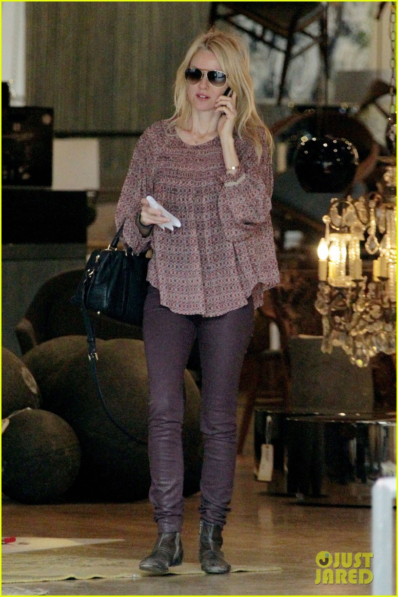 naomi watts i never get recognized on the street 012798203