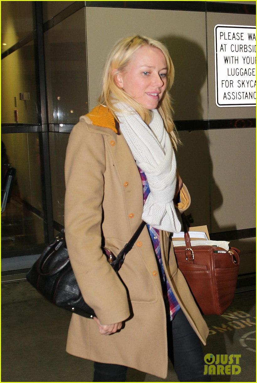naomi watts liev schreiber sunday with kids 022796033