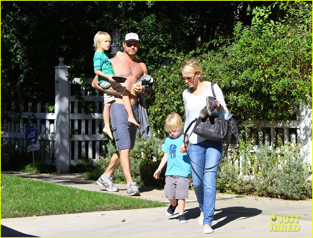 naomi watts liev schreiber sunday with kids 102796041