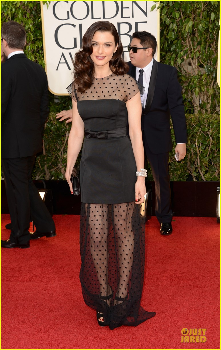 rachel weisz daniel craig golden globes 2013 red carpet 012791056