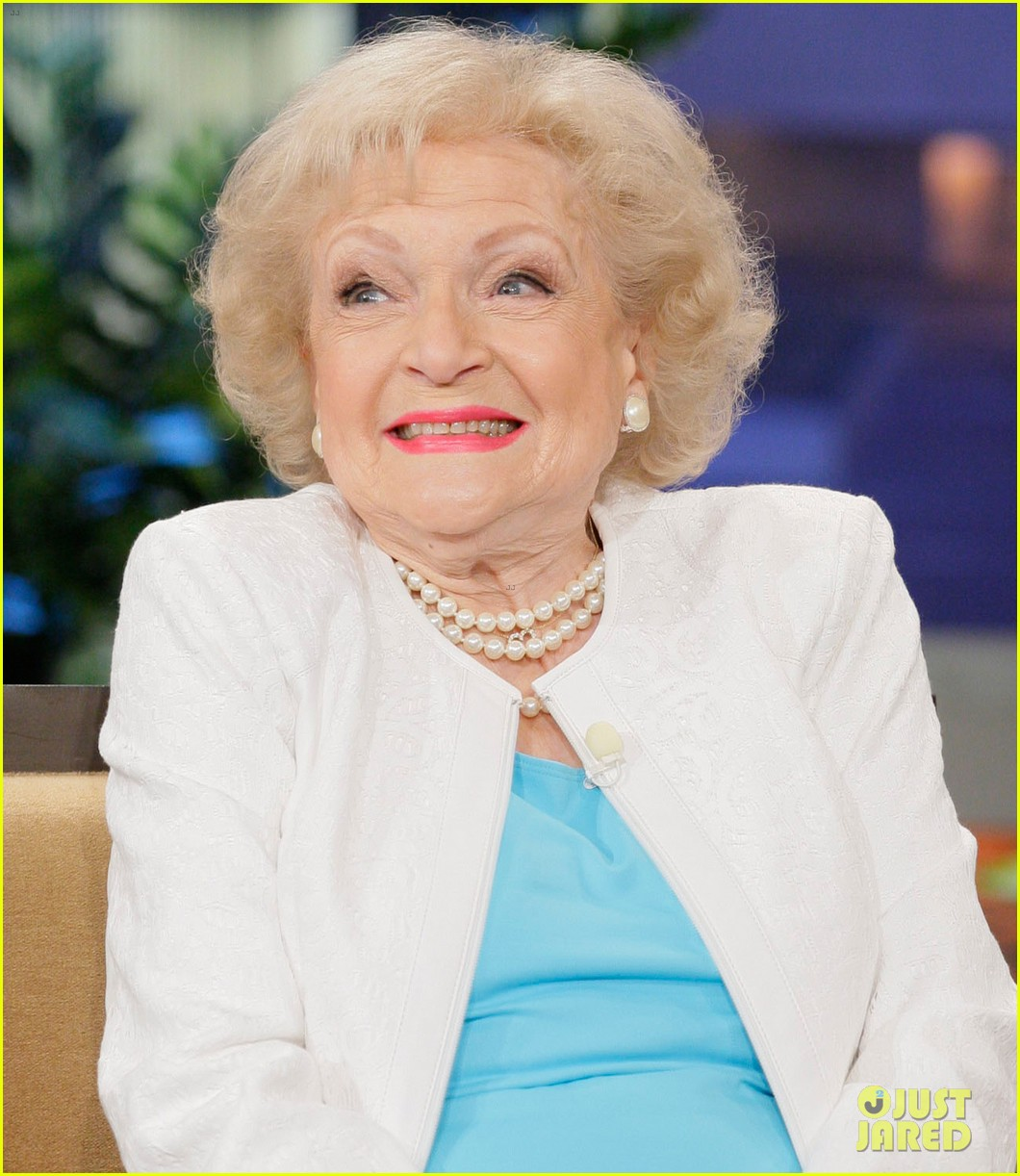 betty white tonight show with jay leno appearance 042784261