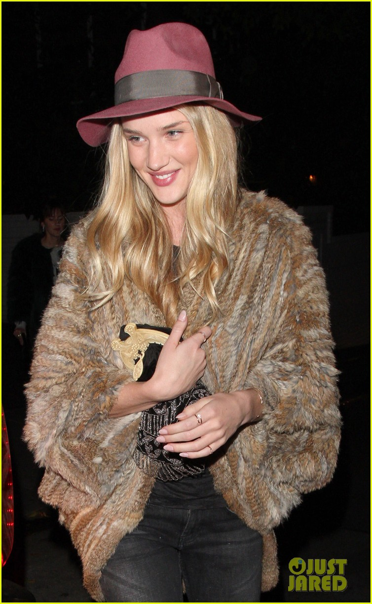 rosie huntington whiteley chateau marmont night out 022794113