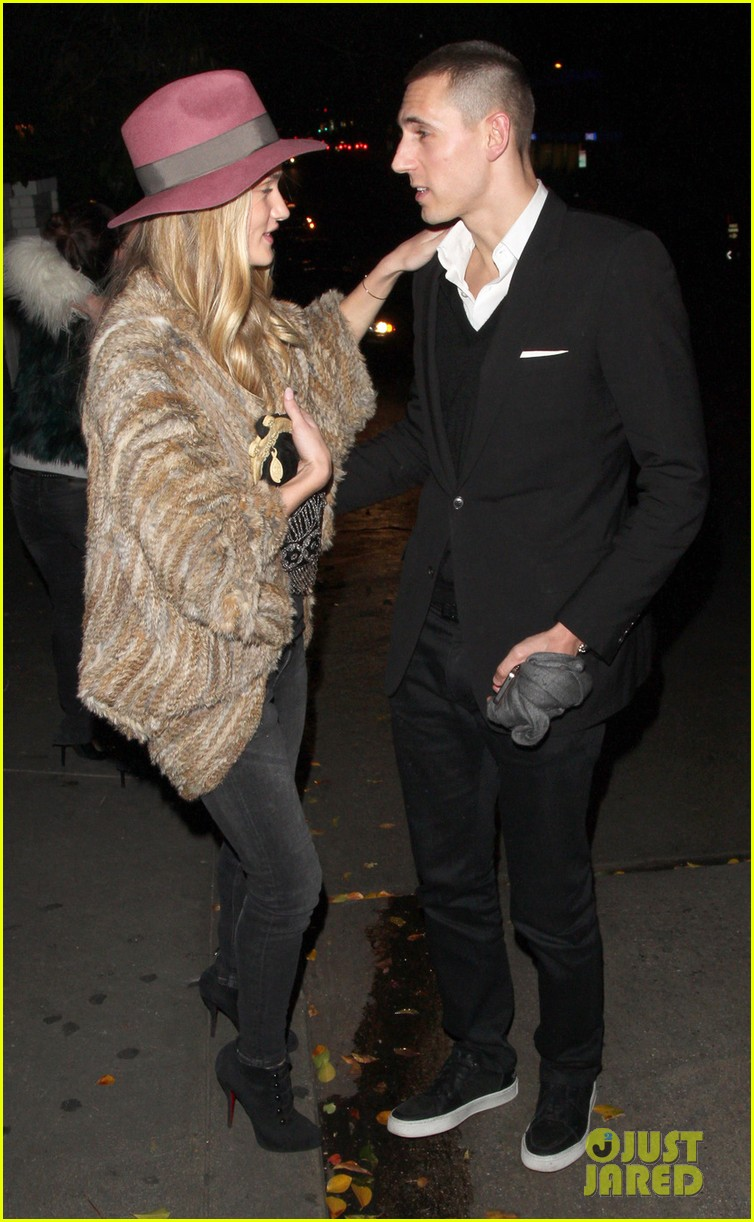 rosie huntington whiteley chateau marmont night out 062794117