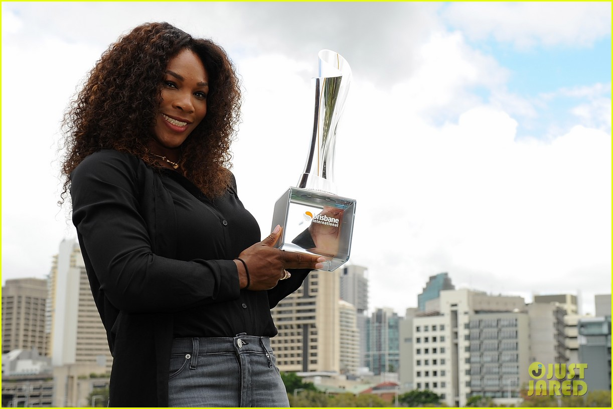 serena williams wins brisbane international tournament 17