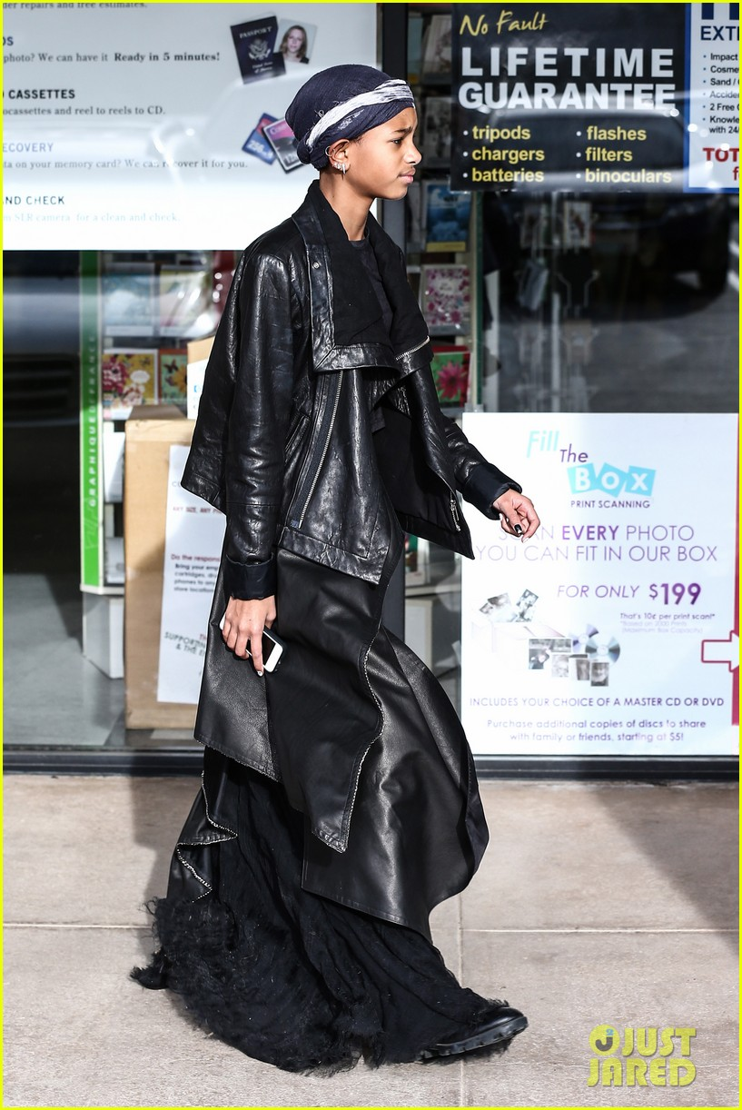 willow smith layers her leather 072797364