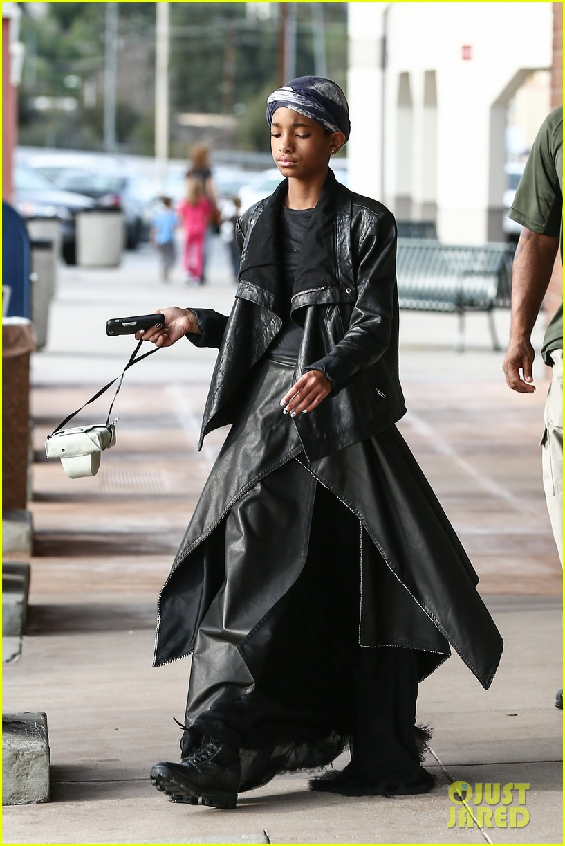 willow smith layers her leather 102797367