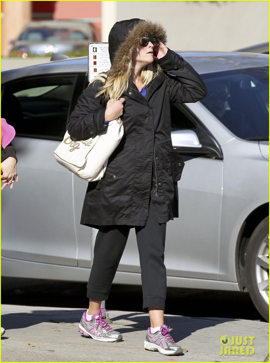 reese witherspoon sugarfish sushi lunch 062793901
