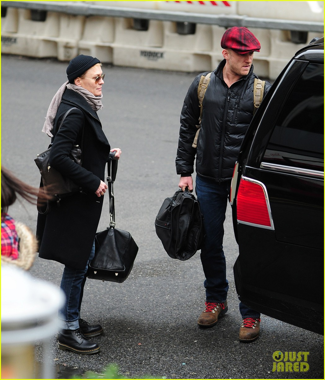 robin wright ben foster penn station pair 142801545