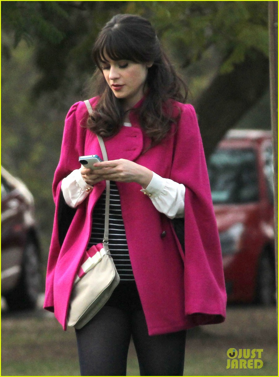 zooey deschanel new hello giggles is up running 042797930