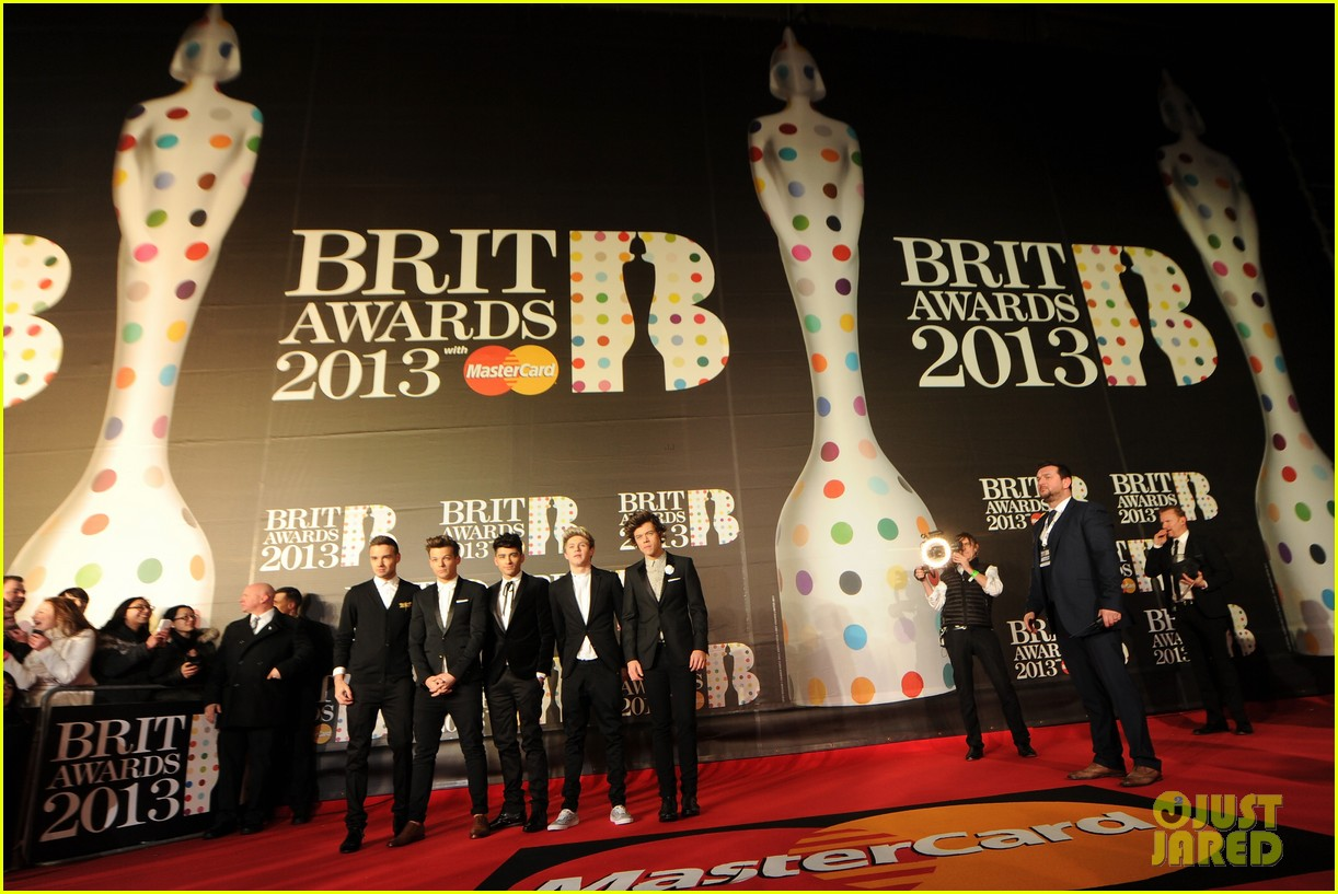 one direction brit awards red carpet 2013 062815844
