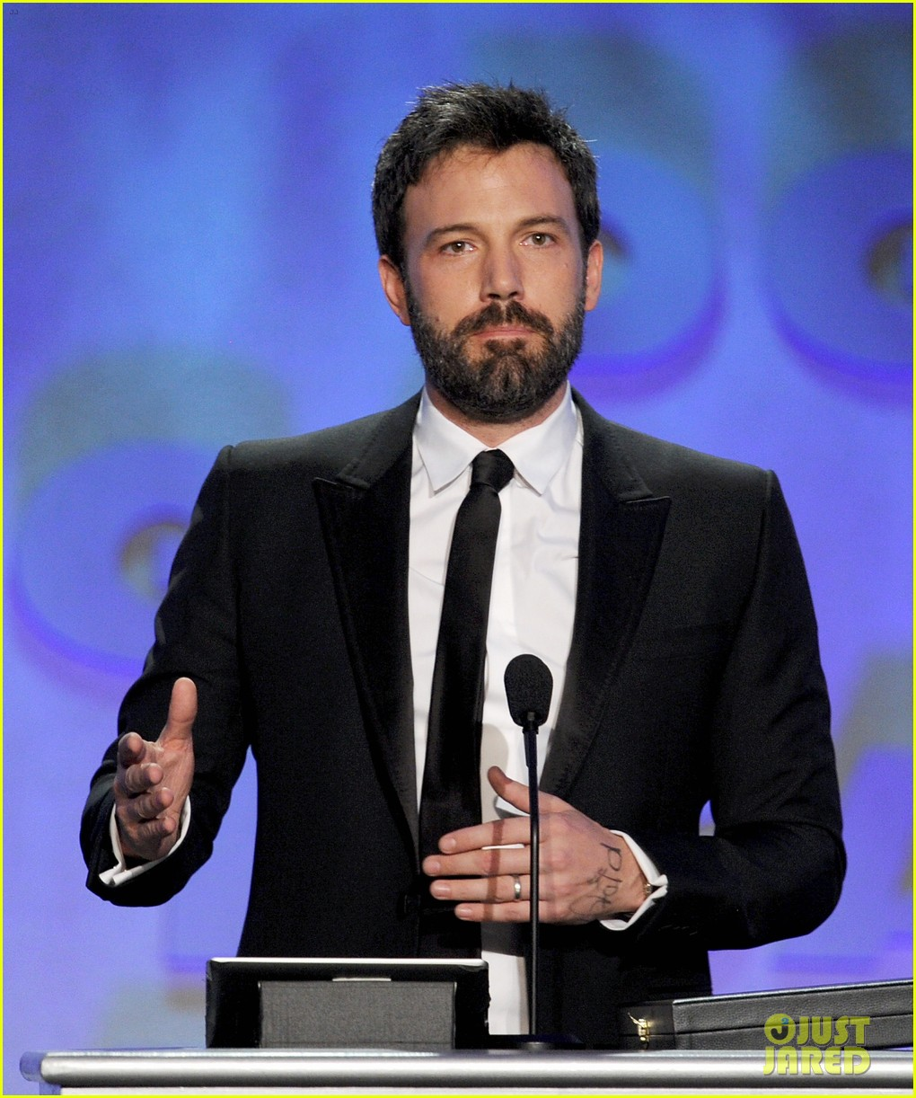 ben affleck wins dga award 2013 despite oscar snub 072803744